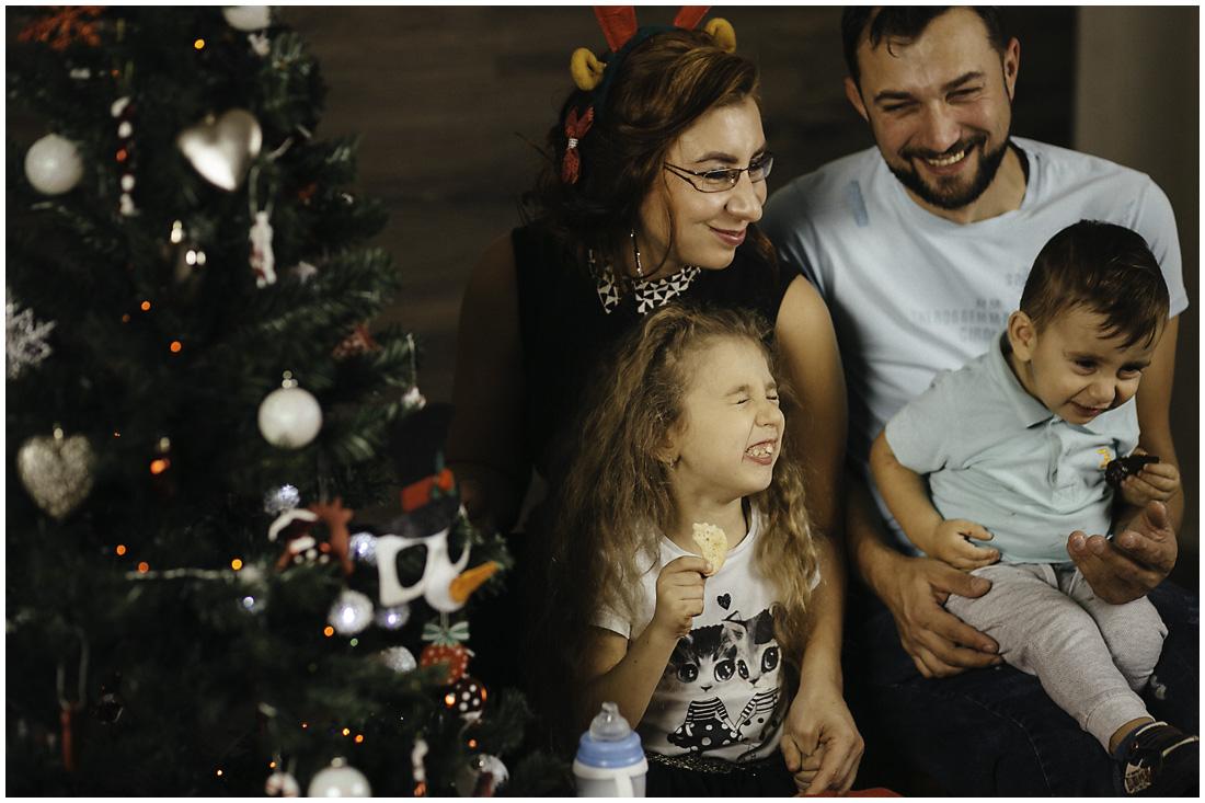 Sesiune foto de Crăciun cu Adnana și Kevin