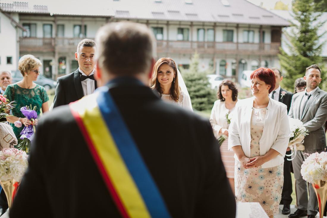 Amelia si Ovidiu fotografii nunta Suceava